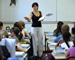 美國有超過五成的州,不要求專科老師在學校教授他們的專業科目。(攝影:ANNE-CHRISTINE POUJOULAT/AFP)