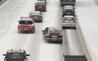 大雪襲歐洲 比利時堵車9百多公里英交通混亂