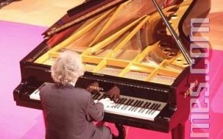 """""""肖邦先生,生日快乐""""系列音乐会在普莱耶勒音乐厅的最后一场。(摄影:章乐/大纪元)"""
