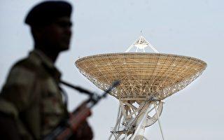 """3月16日,印度南部科技大城""""班加罗尔""""的太空中心外发生枪战。(DIBYANGSHU SARKAR/AFP/Getty Images)"""