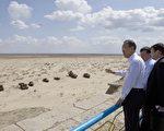 聯合國秘書長潘基文週日(4日)稱,中亞鹹海(Aral Sea)的乾涸是「地球上最令人震驚的災難之一」。(AFP)