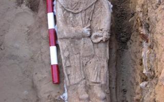 埃及发现奇特古罗马木乃伊 双眼镶宝石