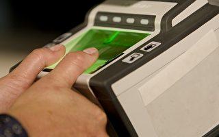 大多数年龄介于14至79岁前往美国的外国人,当他们申请签证或抵达美国,自 2004年以来一直要求提供打印的两个手指和数码照片。(法新社)