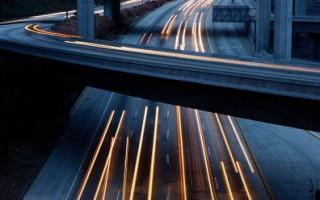 洛杉磯附近的高速公路 (Photo by David McNew/Getty Images)