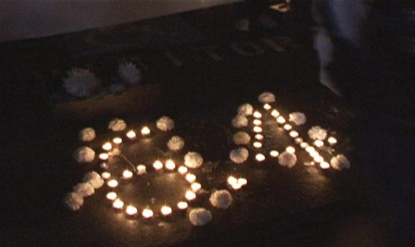 六四夜悉尼中领馆烛光集会祭奠亡灵