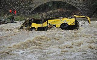 南方6省暴雨成災 46人死50人失蹤