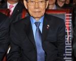 北韓前勞動黨書記黃長燁1997年2月通過中國北京的韓國總領事館開始流亡,並在同年4月20日進入韓國之後,被北韓當局列為頭號暗殺對象。「黃長燁暗殺組」的兩名北韓間諜日前在韓國分別被判處15年徒刑。圖為去年10月27日,黃長燁出席在韓國首爾舉行的「杜絕反人類罪行國際人權研討會及聽證大會」。(攝影:鄭仁權/大紀元)