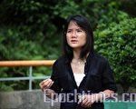 國際記者聯會香港及中國代表胡麗雲,對中共禁止媒體報道激素奶粉事件和新疆爆炸案表示強烈不滿。(攝影:潘在殊/大紀元)