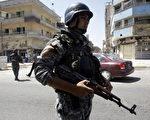 美军一线部队报告了一种怪现象:在活动范围相同的情况下,某些巡逻队出事的概率较小,并能有效发现及破解敌人设下的陷阱。( ALI AL-SAADI/AFP/Getty Images)