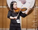 """新唐人第三届""""全世界华人小提琴大赛""""银奖得主章婧说:""""我为自己身为一名华人而感到骄傲。""""(摄影:爱德华/大纪元)"""