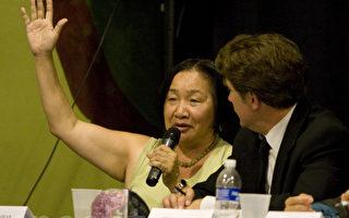 奧克蘭華裔市議員關麗珍以50.98%比49.02%的票數擊敗前加州參議院執行主席佩拉塔(Perata)﹐當選奧克蘭150多年歷史上首位華裔女市長。(攝影﹕馬有志/大紀元)