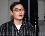 """香港专业摄影家林皓桦见证了从由胶卷摄影转变为数码摄影的过程,他赞赏""""全球华人摄影作品大奖赛""""为业界提供一个交流和互动的平台,希望将来有机会参与盛会。(摄影:潘在殊/大纪元)"""