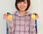 韩国19岁的美女棋手李瑟娥(初段),日前在广州亚运会上连夺男女混双、女子团体两枚围棋金牌。(摄影:李裕贞/大纪元)