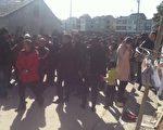 樂清附近的上千村民(有說數千)都趕來悼念維權村長錢雲會。(知情者提供)