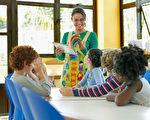 改变上课方式  有效保护老师的声带