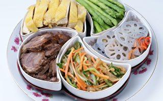 五福臨門:(1)白切土雞