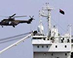 新加坡2005年军事演习(ROSLAN RAHMAN/AFP/Getty Images)