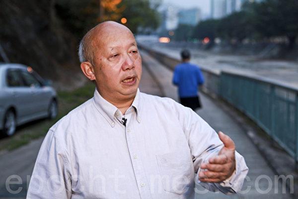 香港人权监察总干事罗沃启表示,神韵主办方在港府拒签案中胜诉,是香港人权界的重要胜利。(摄影:余钢/大纪元)