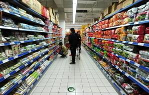 【一线采访】物价飞涨 京市民吃白菜土豆萝卜