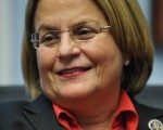 美国国会众议院外交事务委员会主席罗斯-雷提南( U.S. Rep. Ileana Ros-Lehtinen )。(MANDEL NGAN /AFP)