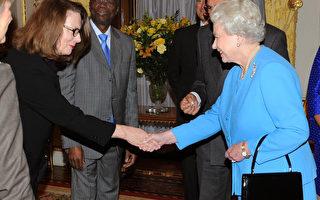 英國女王獎勵澳洲最高法院的法官科菲爾(Anthony Devlin/WPA Pool-Getty Images)