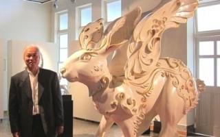 沈亨荣创立台湾顶级瓷艺自有品牌-1300 only porcelain,作品《飞天巨兔》于香港首展惊艳国际。(摄影:简惠敏/大纪元)