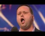 保羅高亢清亮的歌聲,為他獲得無數的喝采。
