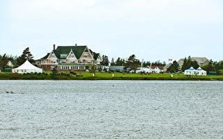 世外桃源,加拿大爱德华王子岛吸引了包括剑桥公爵夫妇在内无数游人的到访。(AFP PHOTO / ROGERIO BARBOSA)