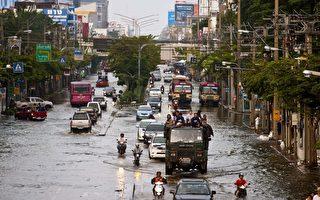 泰國洪災蔓延 洪水湧入曼谷地鐵