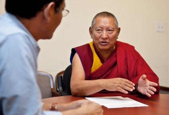 格德仁波切:僧人自焚乃三代苦難的爆發