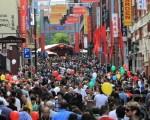 调查显示,中国公民占澳洲非法居留人数的最大比例。图为墨尔本唐人街新年庙会。(摄影:陈明/大纪元)