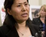 中國著名人權律師高智晟21日即將緩刑期滿,中共當局稱其違反緩刑規定,再將他囚禁3年。高智晟的妻子耿和(如圖)對此表示非常震驚和憤怒。(大紀元檔案照片)