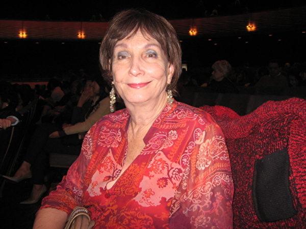 藝術專欄作家喬恩‧郝特(Jo Ann Holt)女士。(攝影:李辰/大紀元)