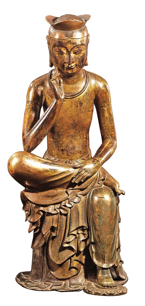 金铜半跏思惟像(国宝 83号,公元7世纪。高 93.5cm)半跏思惟像展现的是将继悉达多太子(释迦牟尼)之后,56亿年以后拯救世界的弥勒像的形象雕像,是将南北朝时期中国的样本,在6、7世纪之际,由3国时代的名匠们,以韩国民族的美感完成的佛像艺术品。(国立中央博物馆提供)
