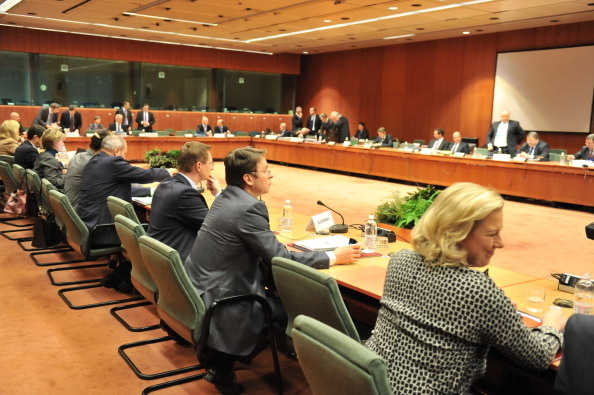 制裁伊朗 歐盟禁運石油 凍結伊央行資產