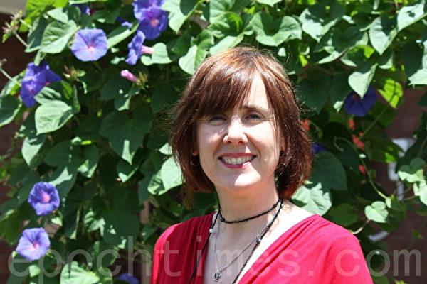 新移民社交网创办人苏•埃尔森(Sue Ellson)女士。(摄影:刘珍/大纪元)