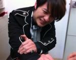 李佳峰手遭車門夾傷。(圖/梵特西提供)