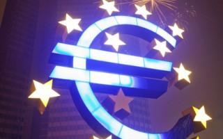 欧洲央行(ECB)上个月向欧洲银行提供的近5000亿欧元紧急纾困金显然不够,欧洲流动性依然相当吃紧,业界人士指出所需金额将会倍增。(FRANK RUMPENHORST / AFP)