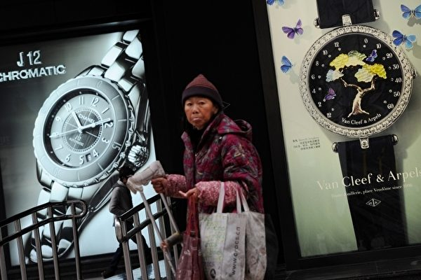 居民消費下滑逾6% 專家:大陸經濟仍陷窘境