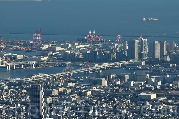 著名的神户港。(摄影:牛彬/大纪元)