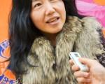 """大学讲师韩慧真表示,神韵演出带出的信息,""""震撼了我的心。""""(摄影:金国焕/大纪元)"""