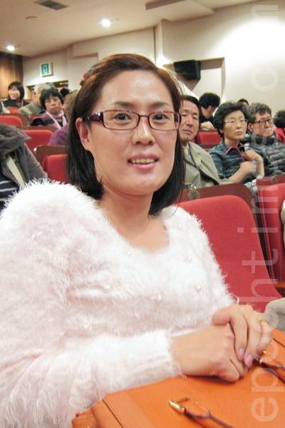 美容讲师郁庆模(摄影: 李黛娜 / 大纪元)