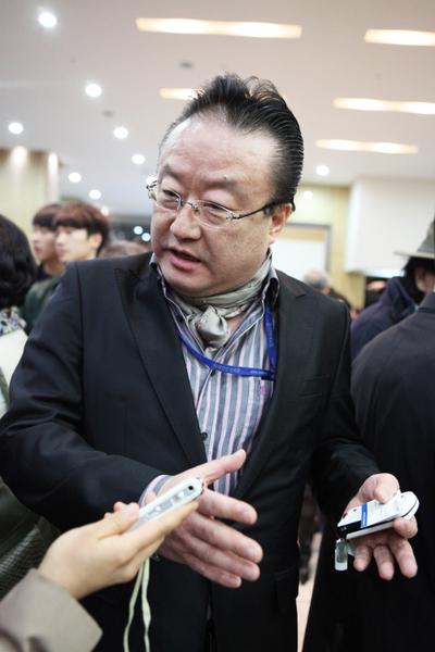 《亚洲日报》政治部部长李荣洙(摄影:金珍泰/大纪元)