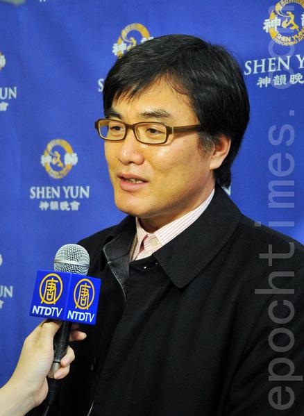 新闻社代表姜南旭(Kang Namug)(摄影:李裕贞/大纪元)