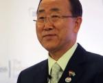 联合国秘书长潘基文6日发表声明,强烈谴责叙利亚政府答应停火后,又持续对人民进行攻击的暴行。(Nicky Loh/Getty Images)