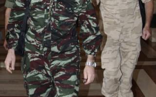 联合国观察团的6名未配备武装的观察员15日晚间抵达叙利亚,他们是先遣观察团30名成员中的6名,整个观察任务将会有250名观察员参与。(AFP)