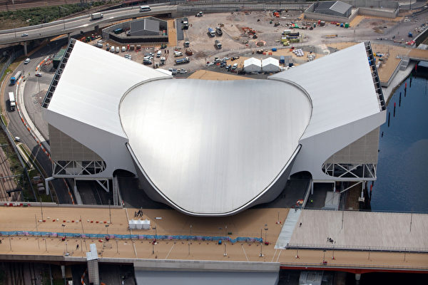 2012年4月17日,2012倫敦奧運會官方發佈場館航拍照。(ANTHONY CHARLTON/AFP)