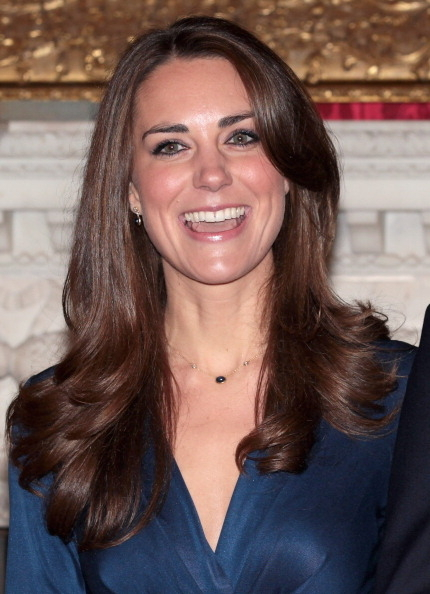 2010年11月16日,宣布订婚当天的凯特。(Chris Jackson/Getty Images)
