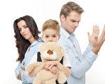 《子女撫養費大綱》對加拿大不同省份的撫養金數額提供了標準參照。(Fotolia)