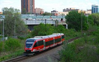 渥太华轻铁建设受关注 各方意见多